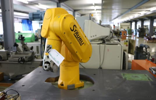 STÄUBLI CS 7 RX 60 6-Axis industrijski robot