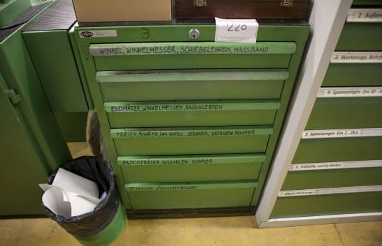 LISTA Workshop Pull-Out Drawer Cabinet