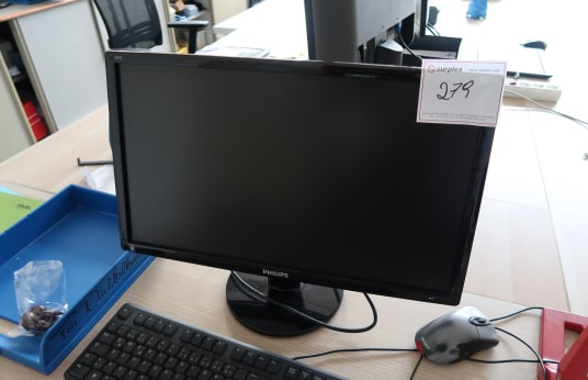 PHILIPS 2 TFT Monitors