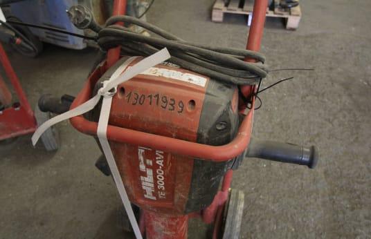 HILTI TE 3000-AVR Demolition Hammer