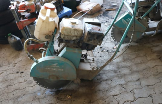 GÖLZ Motor-Driven Floor Cutter