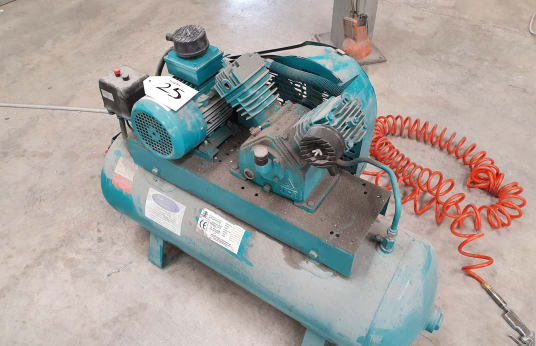 AIR INDUSTRIAL EQUIPMENT HV12 Receiver Mounted Air Kompresszor