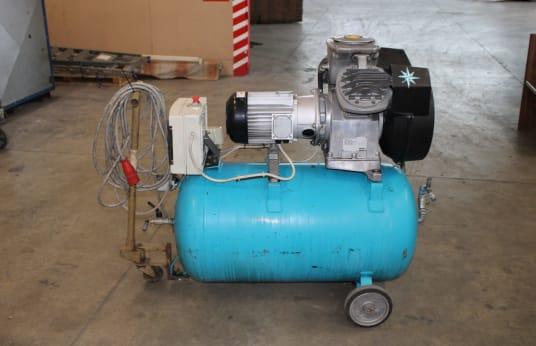 Compresseur à piston ATLAS COPCO LE7