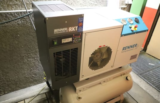 Skrutkový kompresor RENNER RSDK B 7,5