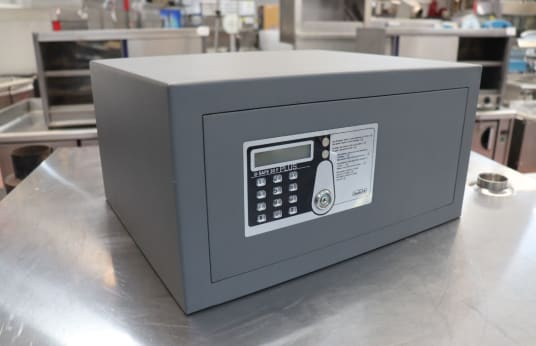 INDEL B SAFE 30 F PLUS Lot of 24 Safe Box
