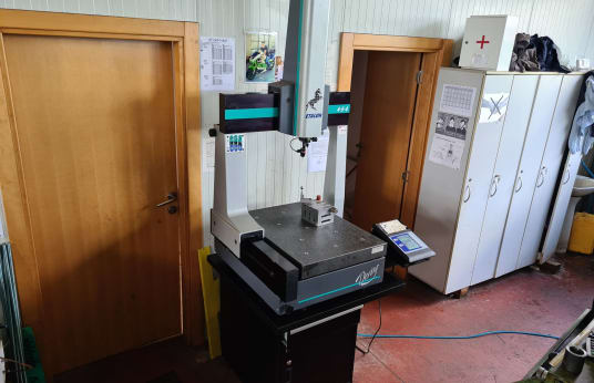 BROWN & SHARPE DERBY 454 Coordinate measuring machine