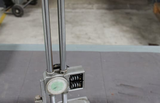 MITUTOYO Height Measuring and Marking Device