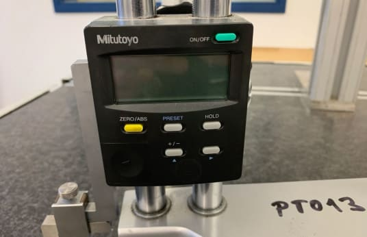 MITUTOYO 192-615-10 Digital Height Measuring and Marking Device