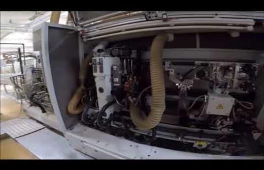 Impianto di doppia profilatura e bordatura HOMAG KF 20/20/QA/PU/30