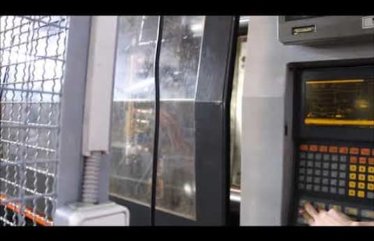 SANDRETTO 8440 Injection Moulding Machine with ATM Loading Unit