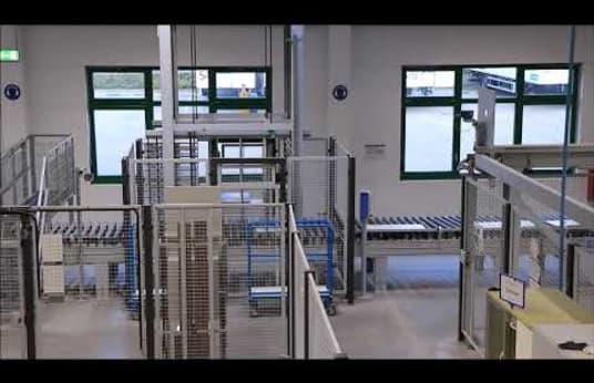 """Célula de fabricación flex. HOMAG - HOLZMA - BARGSTEDT TFL 420 / HKL 380 / KFL 610 """"Tamaño lote 1"""" con láser"""