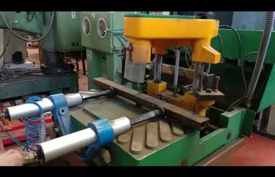 GIESSE MMB Closing machine