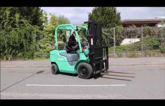 MITSUBISHI FG25N Gas Four Wheel Counterbalanced Forklift