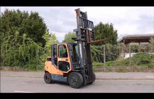 DOOSAN D40SC-5 Diesel Four Wheel Counterbalanced Forklift