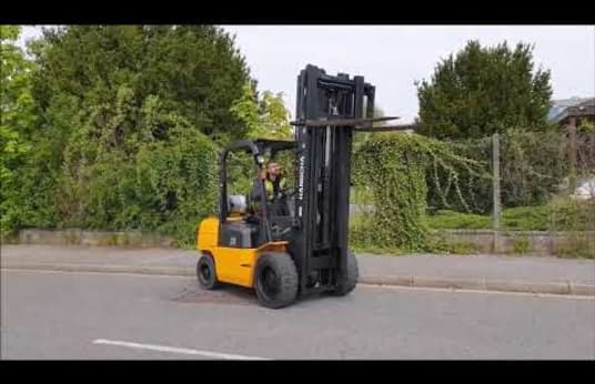 HANGCHA R30G Gas Four Wheel Counterbalanced Forklift