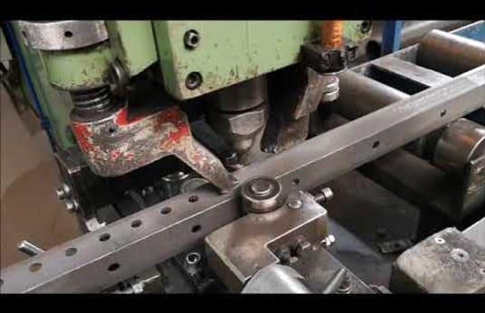Mașină de perforat MUHR & BENDER KL 1300
