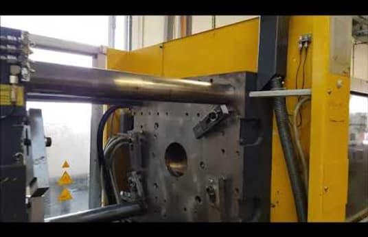 Vstrekovací stroj FERROMATIK MILACRON K 160 - S