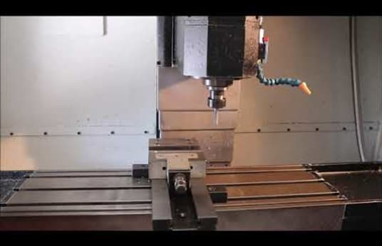 Centro di lavoro verticale SLOVTOS FCM 22 NCT