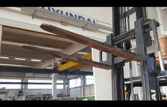 HYUNDAI 18 D-7E DIESEL Forklift