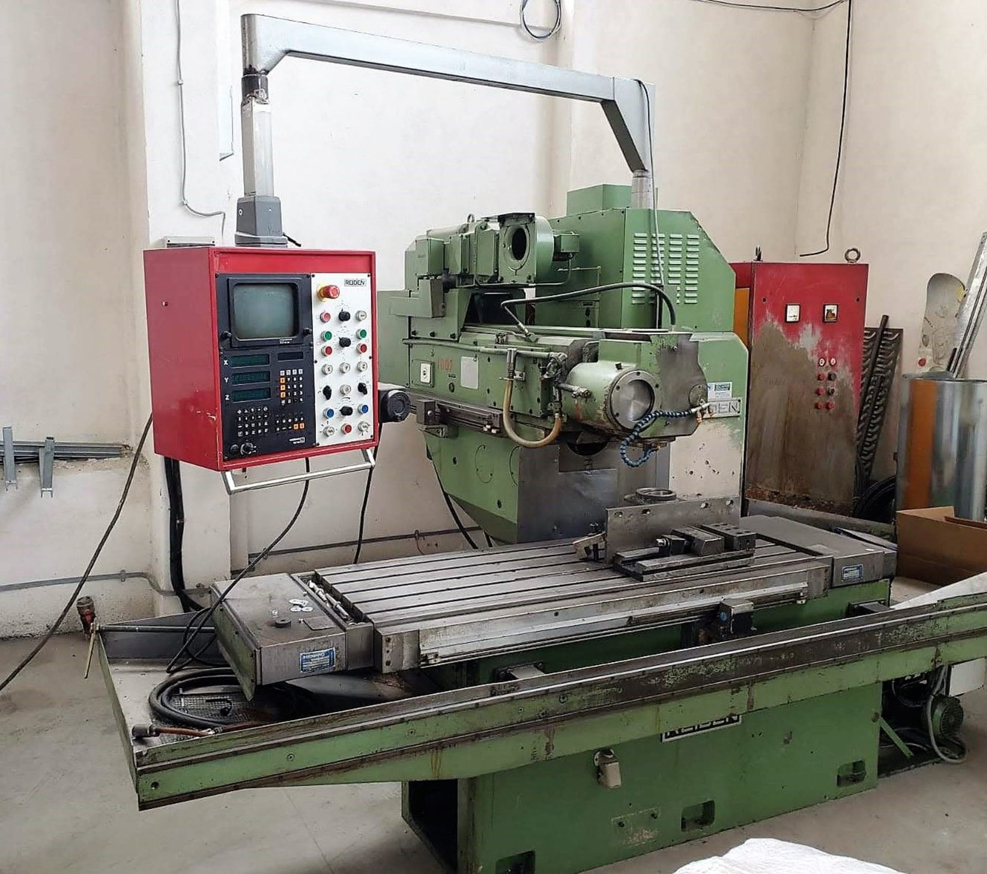 ▷ REIDEN BF 3 CNC Bed-Type Milling Machine: buy used