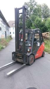 LINDE H 35 T –BR 393 Treibgas-Gabelstapler i_02010597