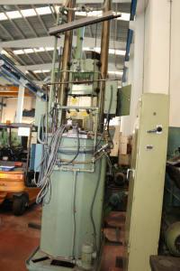 FORST RISZ 6,3 x 1000 x 320 Vertical Broaching Machine i_02681585