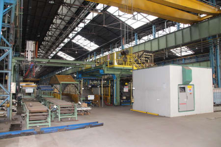 CANNON Schäumanlage für geformte Isolierplatten (Kühlmöbel) i_02773217