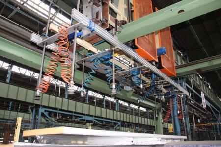 CANNON Schäumanlage für geformte Isolierplatten (Kühlmöbel) i_02773225