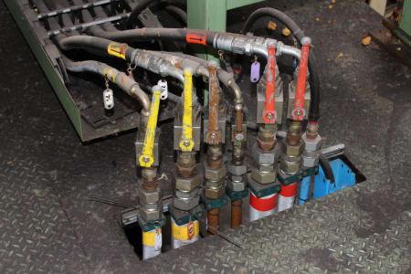 CANNON Schäumanlage für geformte Isolierplatten (Kühlmöbel) i_02773235