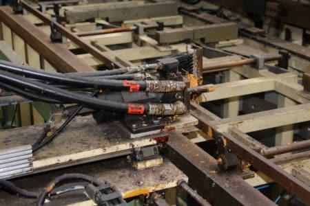 CANNON Schäumanlage für geformte Isolierplatten (Kühlmöbel) i_02773236