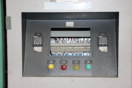 CANNON Schäumanlage für geformte Isolierplatten (Kühlmöbel) i_02773247