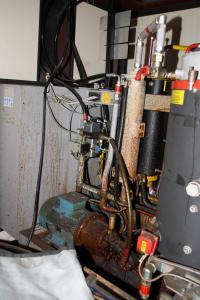 Installation de moussage pour panneaux isolants moulés (unités de réfrigérateurs) CANNON i_02773253