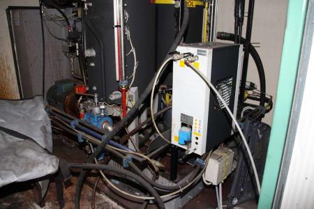Installation de moussage pour panneaux isolants moulés (unités de réfrigérateurs) CANNON i_02773257