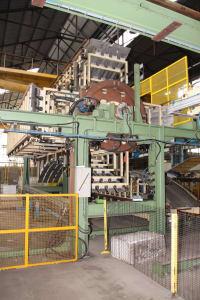 CANNON Schäumanlage für geformte Isolierplatten (Kühlmöbel) i_02773266