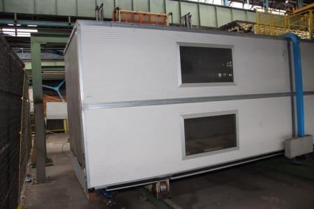 Installation de moussage pour panneaux isolants moulés (unités de réfrigérateurs) CANNON i_02773276