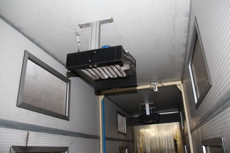 Installation de moussage pour panneaux isolants moulés (unités de réfrigérateurs) CANNON i_02773278