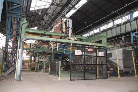 CANNON Schäumanlage für geformte Isolierplatten (Kühlmöbel) i_02773280