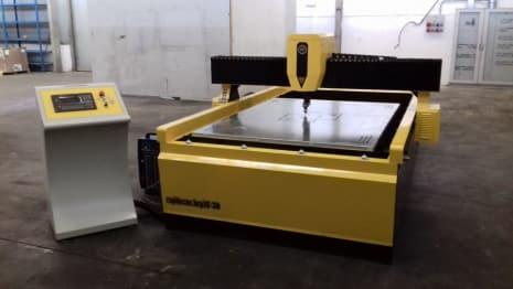 Máquina de corte por plasma RAPIDO CNC HCP 15-30 i_03060098