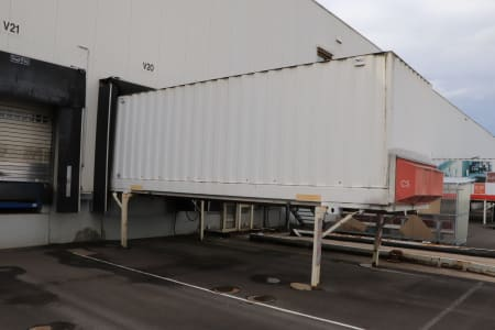 IFATEC Container Loading and Unloading System i_03204898