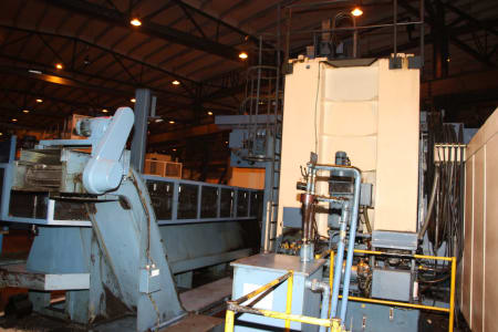 Centro de torneado y fresado vertical CNC BERTHIEZ LVM 160 P i_03208965