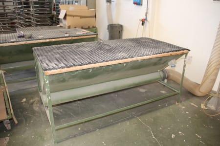 Suction Bench i_03216618