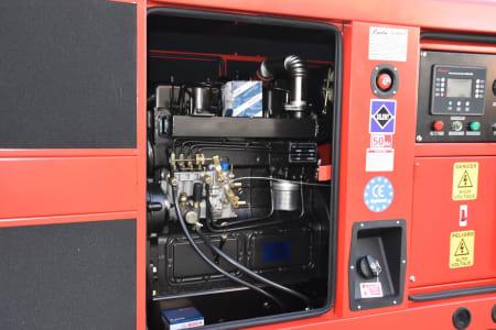 LUCLA GLU-50 Silent diesel generator i_03371351