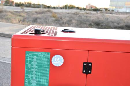 LUCLA GLU-50 Silent diesel generator i_03371363