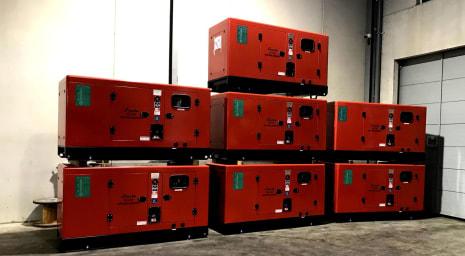 LUCLA GLU-50 Silent diesel generator i_03371370