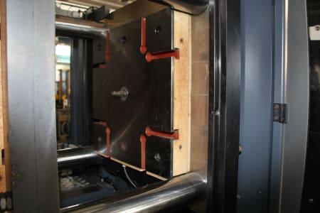 Машина за леене на пластмаси под налягане WAVE ARGO 280 R FIFO i_03403878