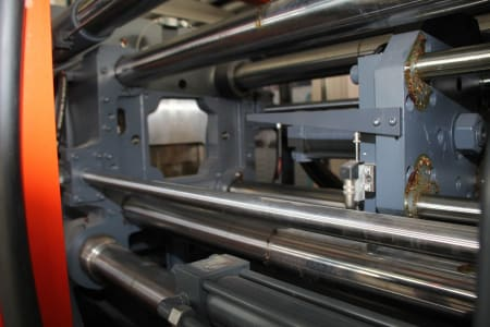 Машина за леене на пластмаси под налягане WAVE ARGO 280 R FIFO i_03403890