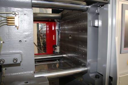 Машина за леене на пластмаси под налягане WAVE AXOR 200 HS 50 i_03403897