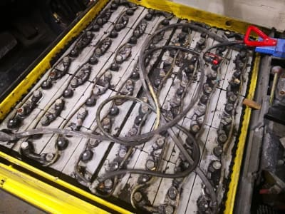 HYSTER J3.20XM EL Electric Four wheel Counterbalanced Forklift i_03502457