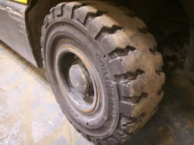HYSTER J3.20XM EL Electric Four wheel Counterbalanced Forklift i_03502459