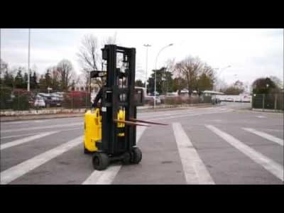 NARROW AISLE FLEXI GAS Gas Articulated Forklift v_03504267